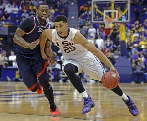 Ben Simmons is only a freshman and he's breaking decades-old records.